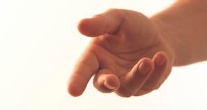 KinkAwareCoach_Helping-hand.jpg
